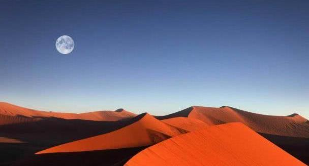 """这个你所不知道的秘境—神秘的纳米比亚红沙漠和它的""""骷髅""""传说"""