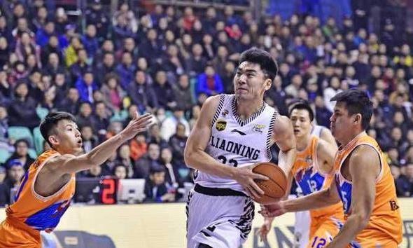 CBA联赛里,我们也有野兽,他就是辽宁队的李晓旭。