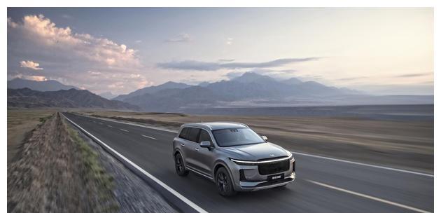 理想汽车宣布完成5.3亿美元C轮融资,王兴领投