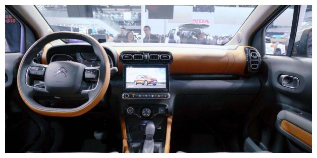 专属互联网SUV,又一10万级颜值法系车,为了销量是真拼了