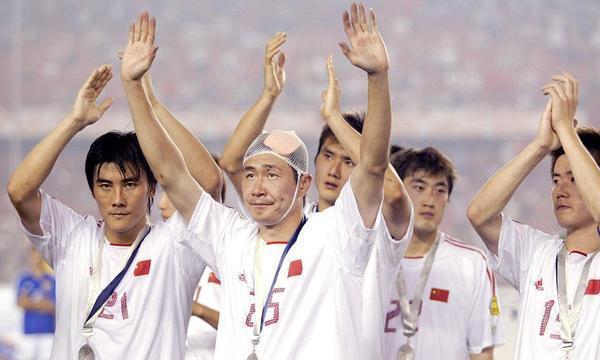 谁还记得国足第一射手邵佳一?曾在亚洲杯上为国足打进5进球