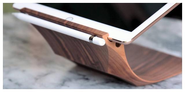 iPhone11将支持Apple Pencil?乔布斯曾批评:没有人想要手写笔