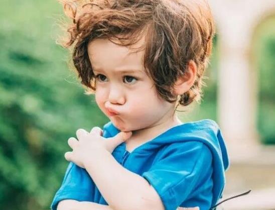 """小男孩若有以下3个""""缺点"""",家长不必多管,孩子将来会更有出息"""