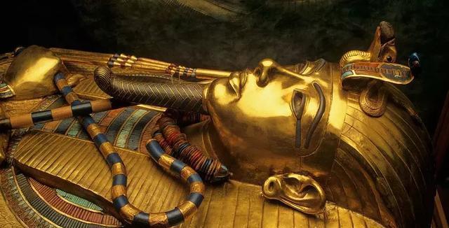 """人类死后还能不能""""复活""""?科学家提出量子复活论:寿命是无限的"""
