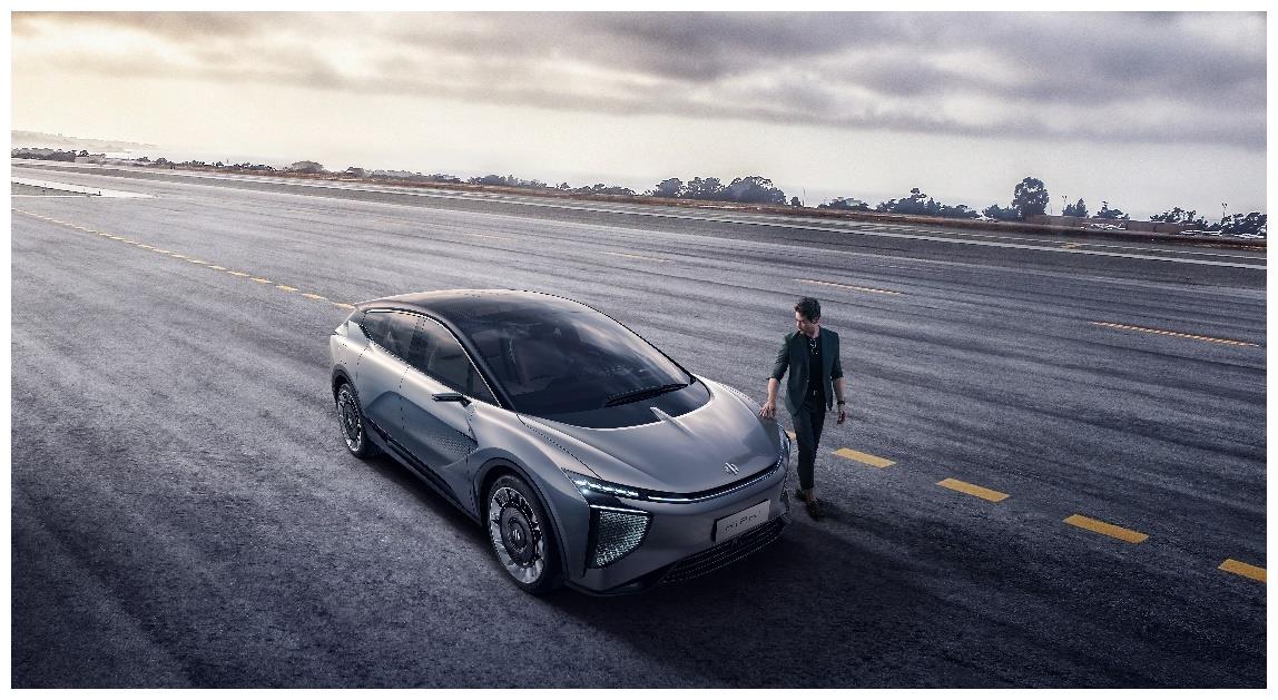 3.9S破百,续航600公里,华人运通重新定义汽车新品类!