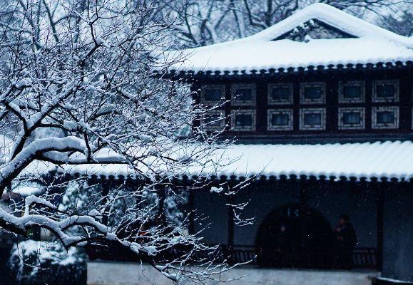 白马涧龙池景区,位于苏州天平山的北侧,是一个踏青休闲的好去处