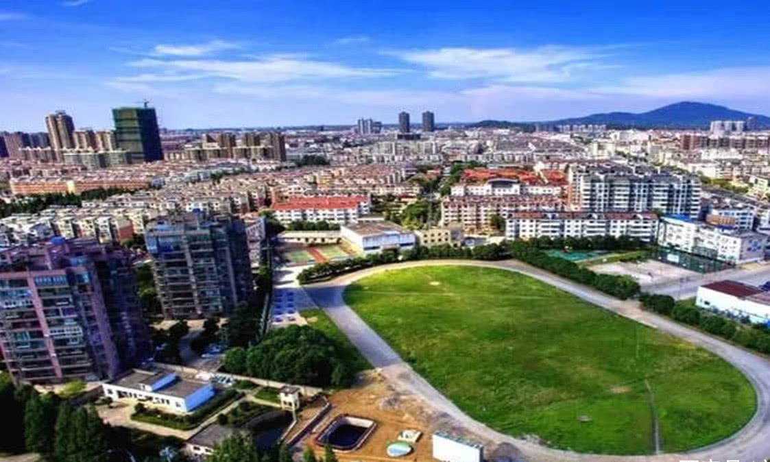 中国最高瞻远瞩的县城,从贫困县到有望申请撤县设市,会是哪呢?
