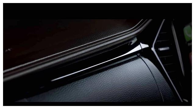 外观内饰更加时尚,全新一代五十铃D-MAX首批预告图发布