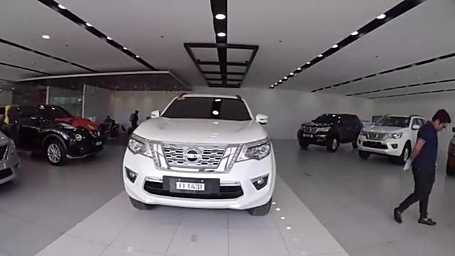 视频:2019款日产途达四驱版到店实拍,看到内部空间,不再想丰田汉兰达