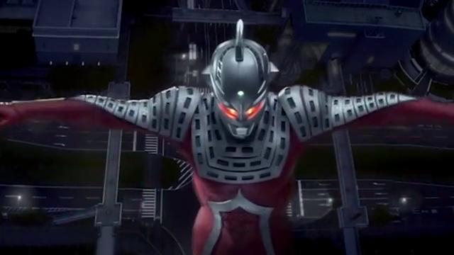奥特曼的头镖除了用来当武器,还能当接收信号的天线用?
