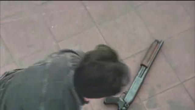 【纵横四海】经典港产枪战片镜头该片导演不愧是香港枪战片之父。