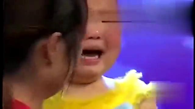 三岁张俊豪真是太萌了,在现场只哭不表演的,大概也只有他能做到