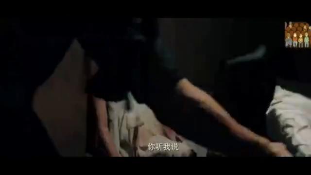 《死亡迷宫》危难之中生孩子,显的那么容易
