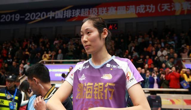 和朱婷无关!她不去天津女排支援朱婷引发球迷热议!
