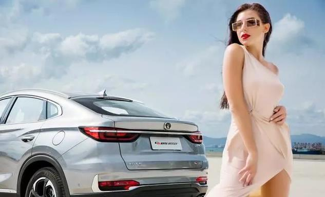 换标就是宝马X6,内饰第一,11万或拯救一个车企,却销量不佳