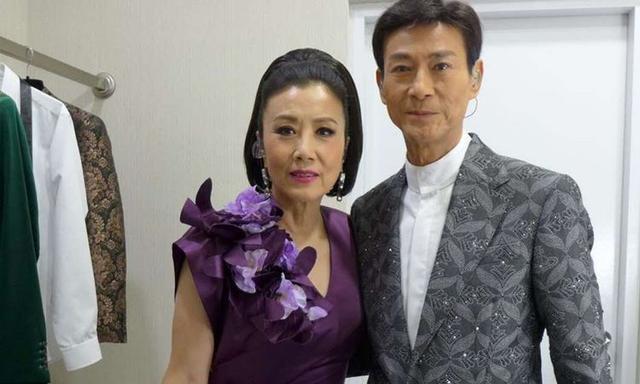 71岁的汪明荃晒自拍成大眼妹,被称汪三岁,自称又顽皮了