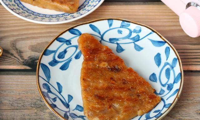 童年记忆里的红糖年糕,这样做外酥里嫩,当早餐下午茶都合适