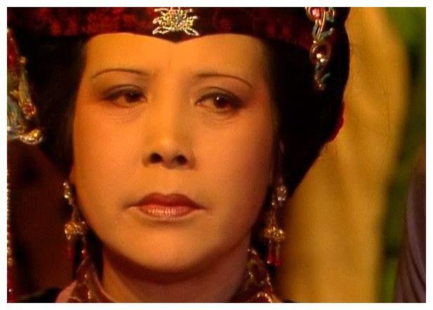 王夫人的眼中钉肉中刺,除了贾母和黛玉,还有一个人,不
