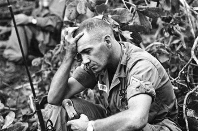 第1张就开始心情沉重的越战老照片,最后几张场景永远不要再现