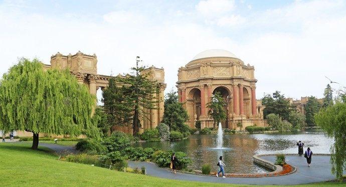 美国旧金山艺术宫其实并没有室内,而是个非常华丽的庭院!