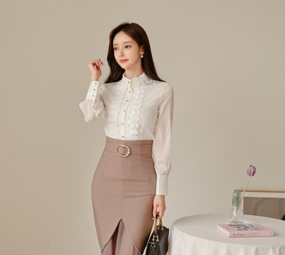 孙允珠:初冬拿铁熏紫典雅色系及膝裙写真