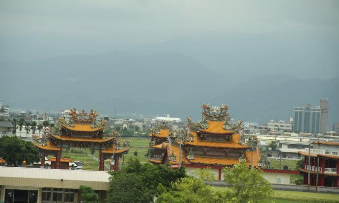 实拍台湾农村与大陆农村的对比!游客:区别真不是一般大