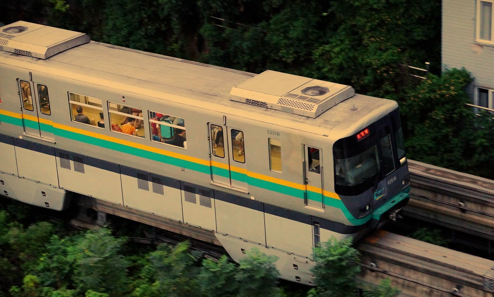 我国城市轨道交通里程排行:南京超广州,第二线路达21条不是上海