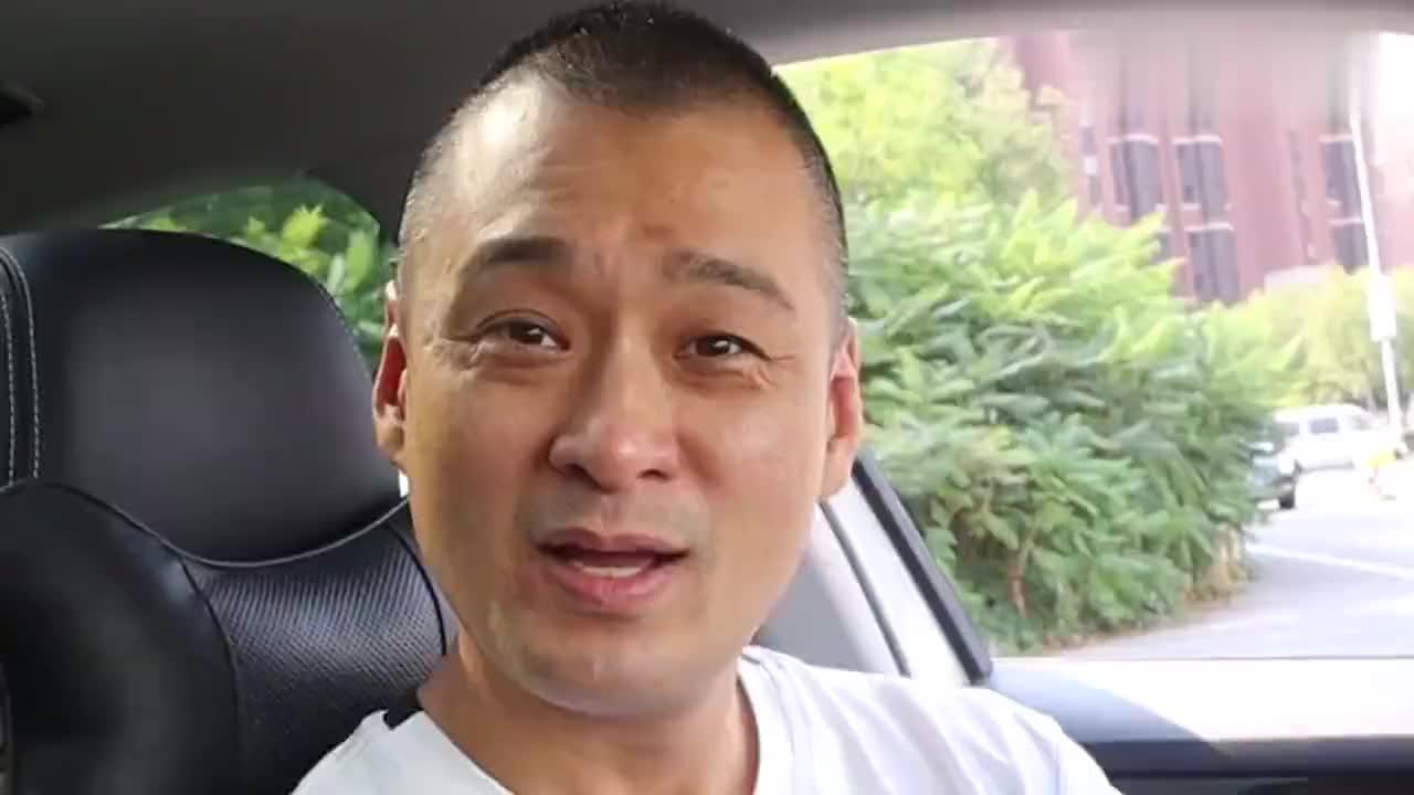 评测天津最火的网红杨姐煎饼据说郭德纲每次要买40套真的吗