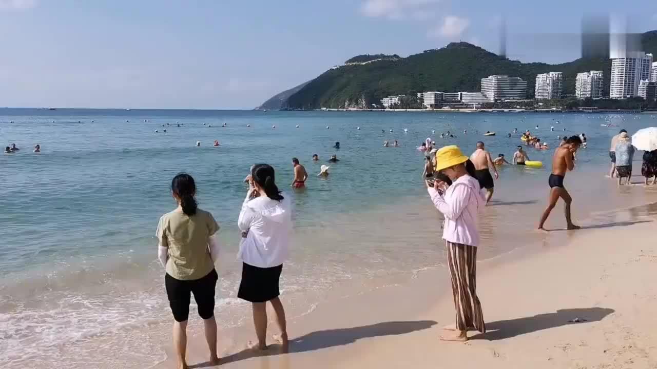 三亚旅游遭遇倒春寒旺季不旺海边人不多酒店机票便宜了