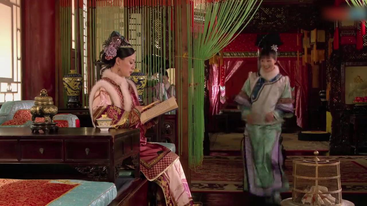 甄嬛传:嫔妃拿劣质炭欺负陵容,皇后趁机当好人,帮她解围