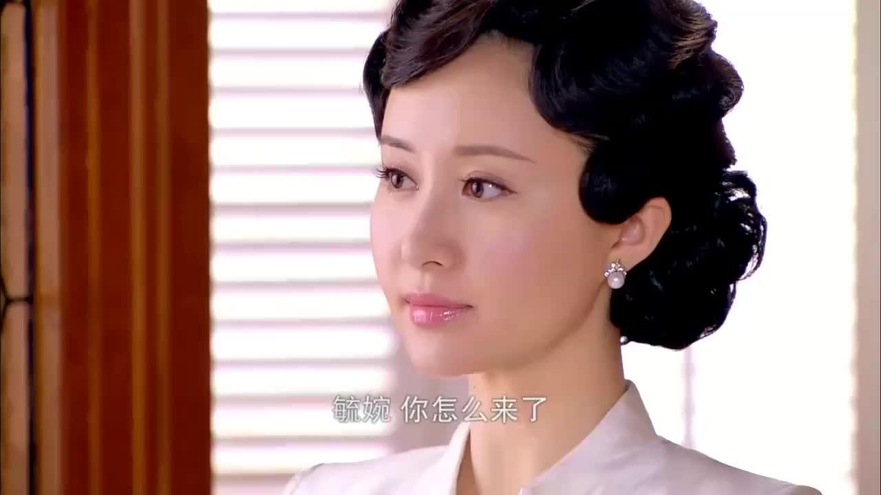 多年后二少奶奶变富豪,佟毓婉霸气回归杜家,让恶毒母子滚出上海