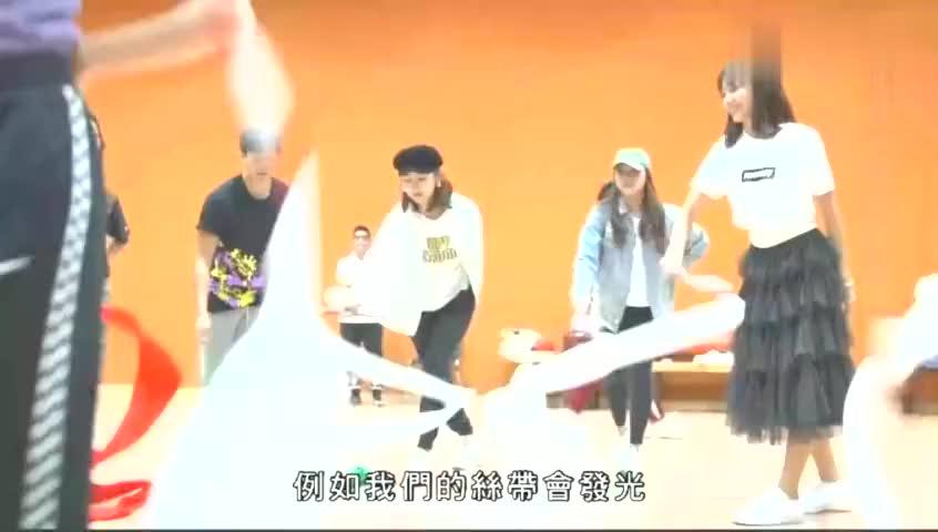高海宁王君馨张曦雯等艺人为台庆排舞