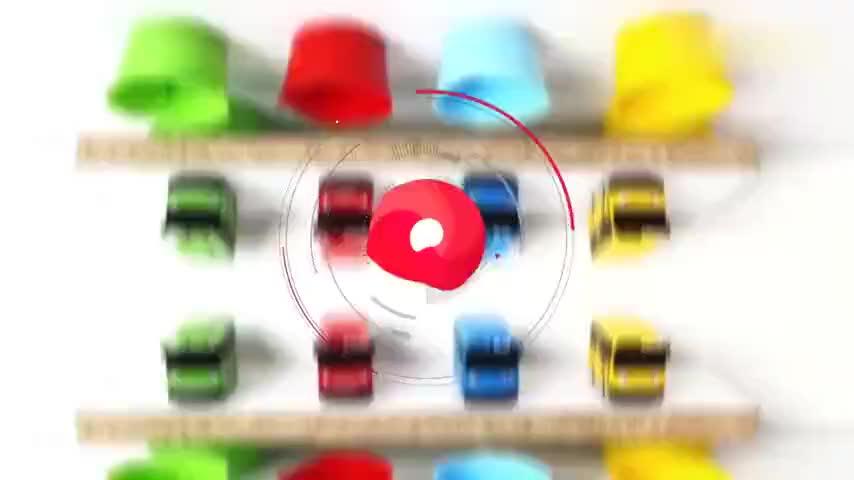 把染料吸入杯中,玩具公交车找到喜欢的颜色