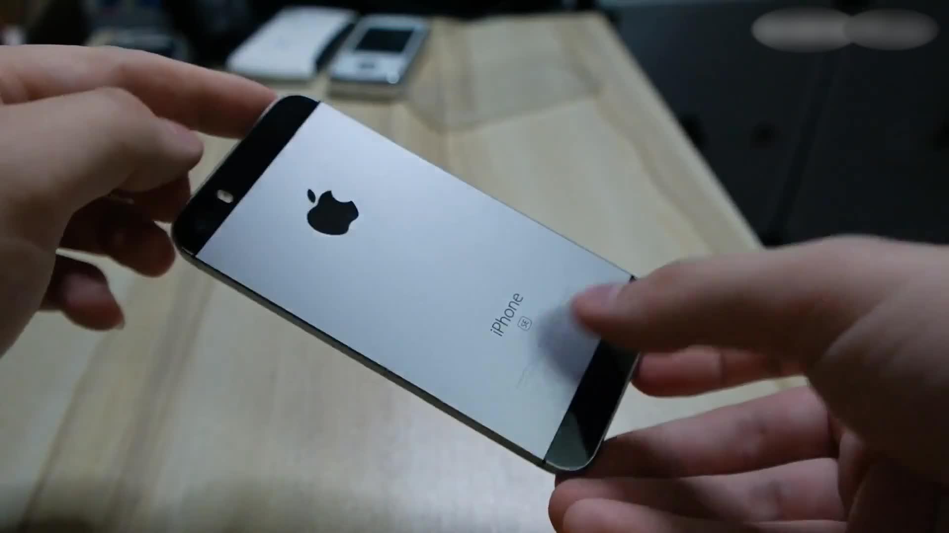 4寸屏幕的iPhone游戏测试 吃鸡高帧率无压力 A9处理器很不错