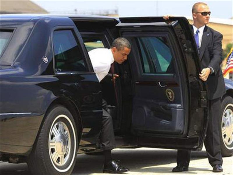 """奥巴马在""""离职""""后,为何要把""""总统专车""""扔进大海"""