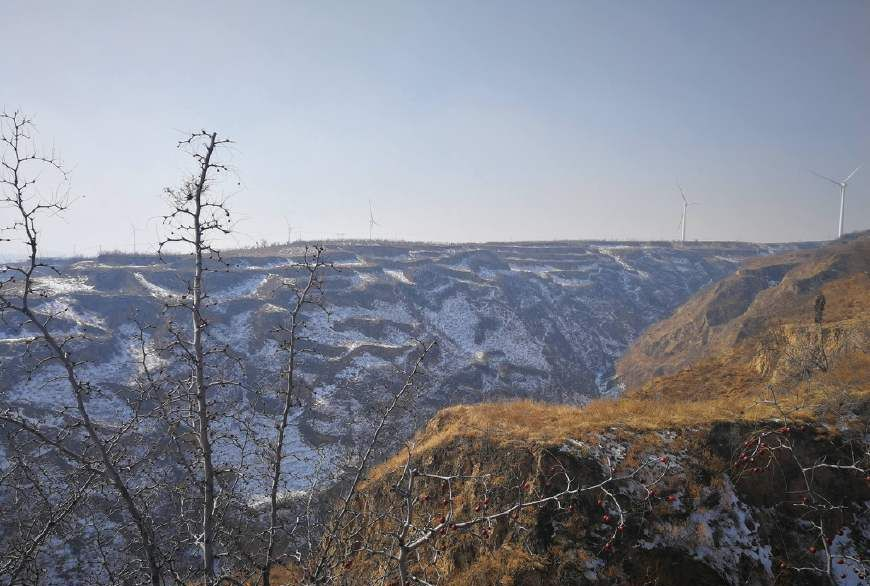 实拍雪后的陕西关中黄土塬,积雪下孕育着春的希望
