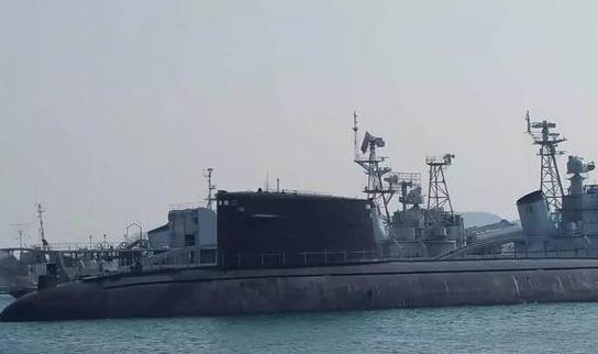 """091型核潜艇""""长征一号"""":中国首艘核潜艇 退役后进海军博物馆"""