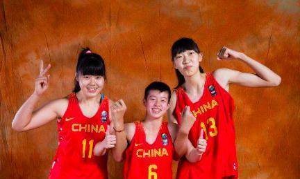 中国女篮新一代领军人物!20岁李月汝天赋超强,被称为女篮奥尼尔