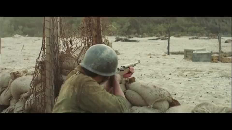 战争电影前无退路后有追兵前线战士视死如归