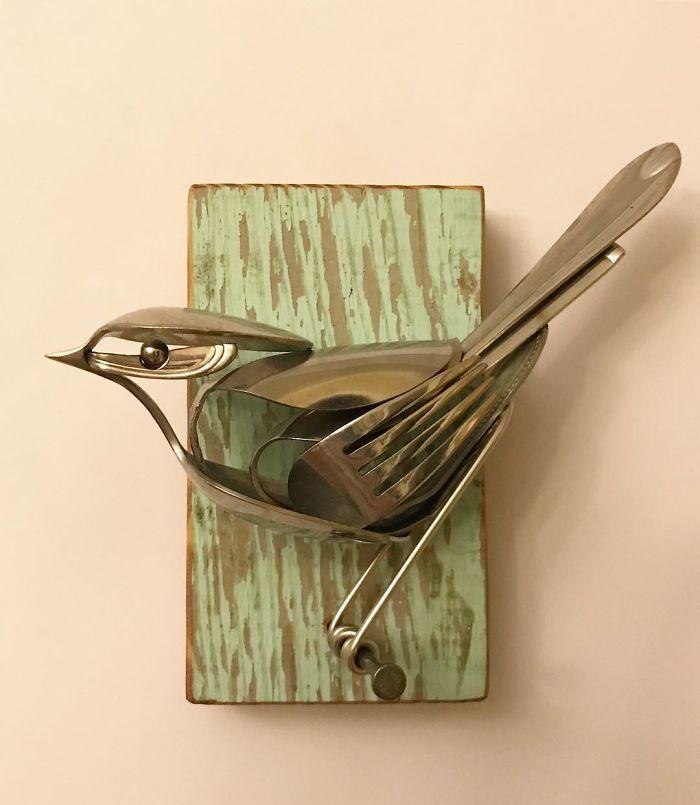用餐具也能做雕塑,你相信吗
