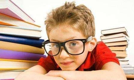 中国青少年近视率世界第一!学学这个方法,能有效预防近视