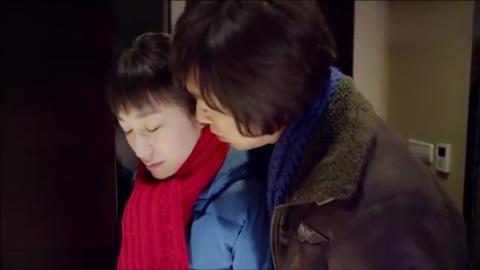 姐妹兄弟:热恋中的小年轻,难以控制内心,直接跑到了宾馆!