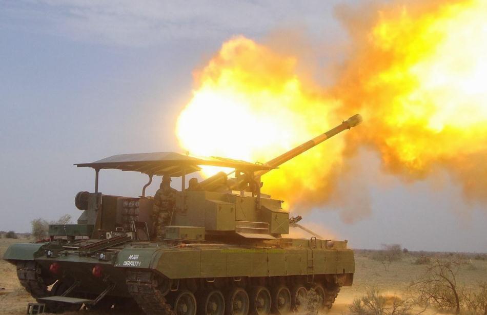 巴铁数百门大炮对准11万印军,敢动就打:特种兵越境击毙印军