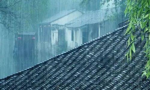 南方被暴雨覆盖,近期准备旅游的建议再等等