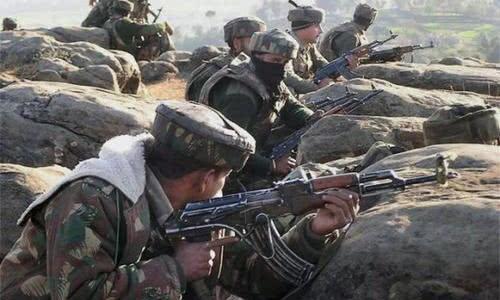 印巴战火再度点燃,八名官兵当场死亡,印度砸重金扬言摧毁枭龙