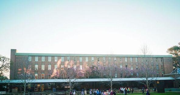 新南威尔士大学,一所世界顶尖研究型学府,以商科和工科著称