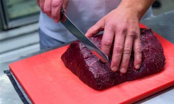 鲸鱼肉到底好不好吃!吃起来像是鱼肉吗?专家建议别食用!