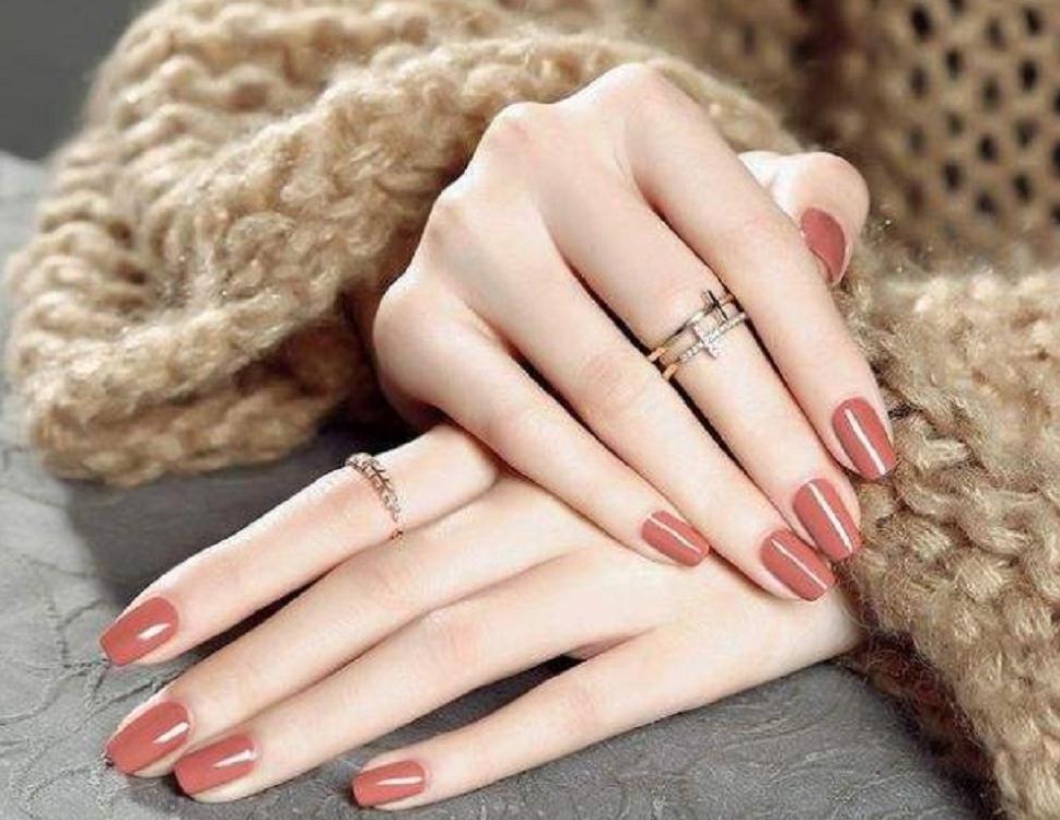 手部粗糙又黑又丑?这些手部护理小妙招,让你的手变得白嫩光滑!
