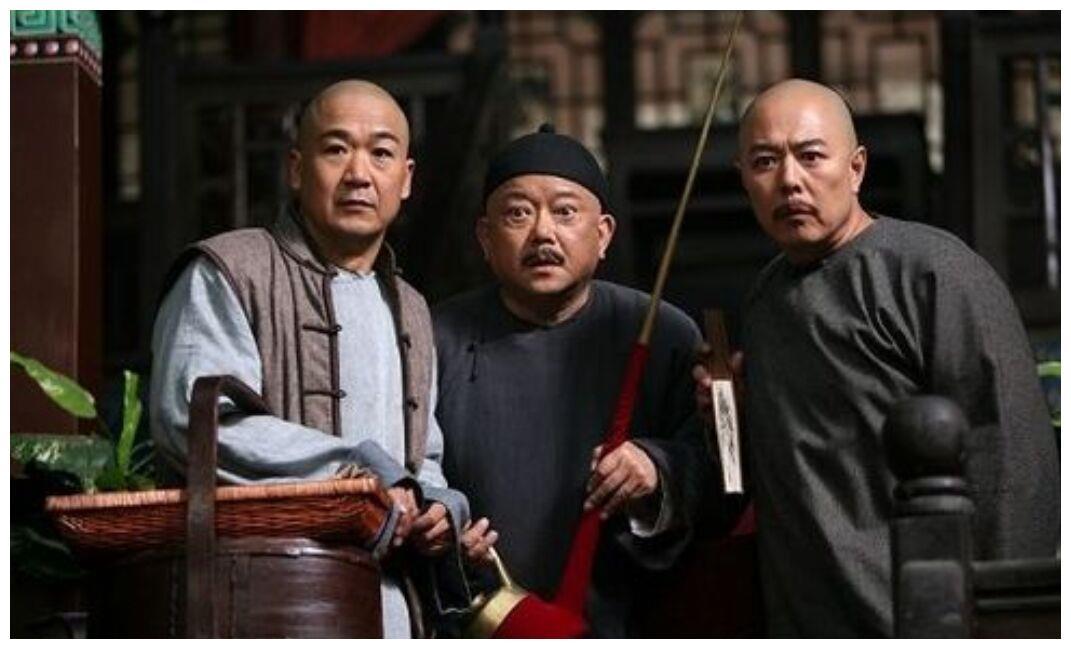 """娱乐圈""""新铁三角""""再合作, 靳东做出颠覆性改变,不再演精英男"""