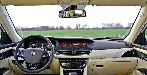 16万的德国全球车,全系2.0T,月销破5千,比途观要大两圈
